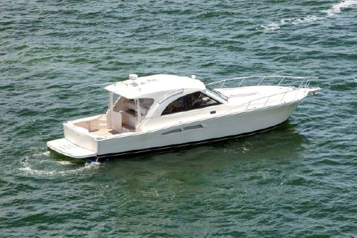 2009 Riviera 4800 Offshore Express