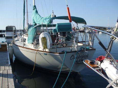 1982 C&C Yachts Landfall 38