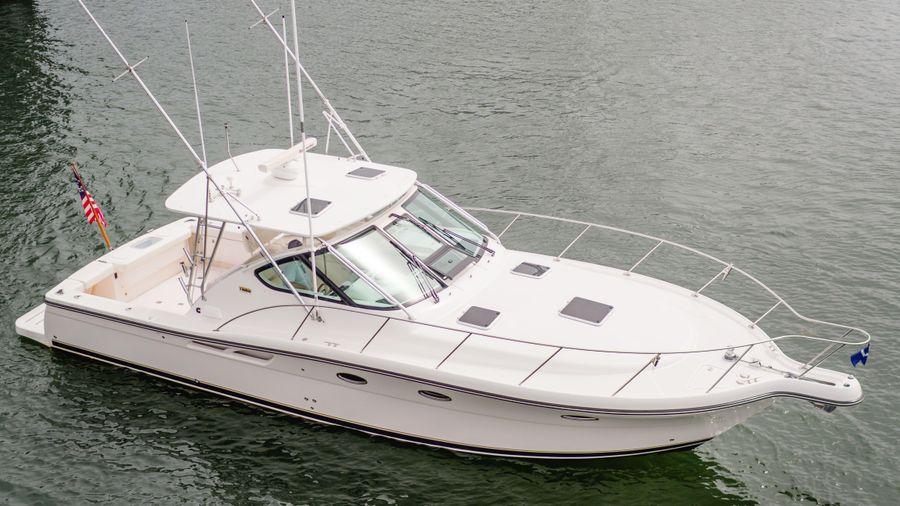 Tiara 3600 Yacht for sale in Newport Beach