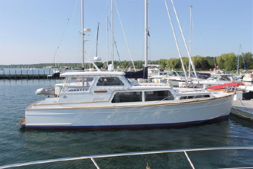 2001 Huckins Atlantic 44