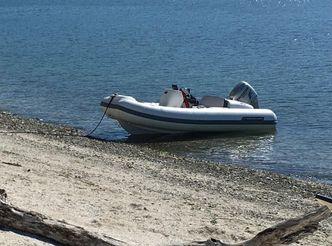 2011 Walker Bay 340 Generation