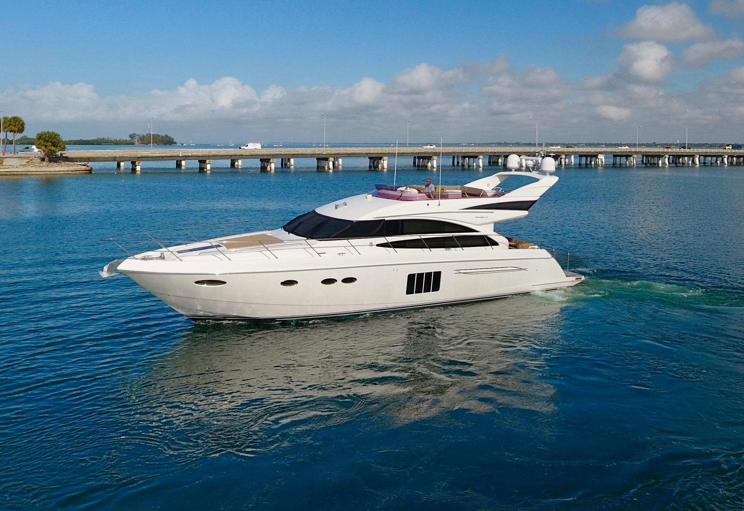 2011 princess 64 motor yacht motor b d til salg www for Sarasota motor vehicle registration