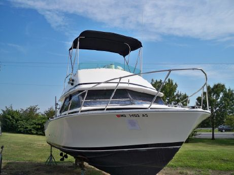 1987 Bertram 28 Flybridge