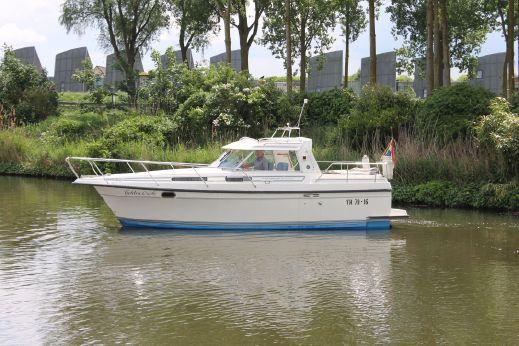 1990 Nimbus 3003
