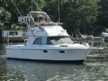 1986 Cruisers Yachts 298 Villa Vee Diesel