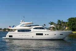 2013 Ferretti Yachts Altura 840