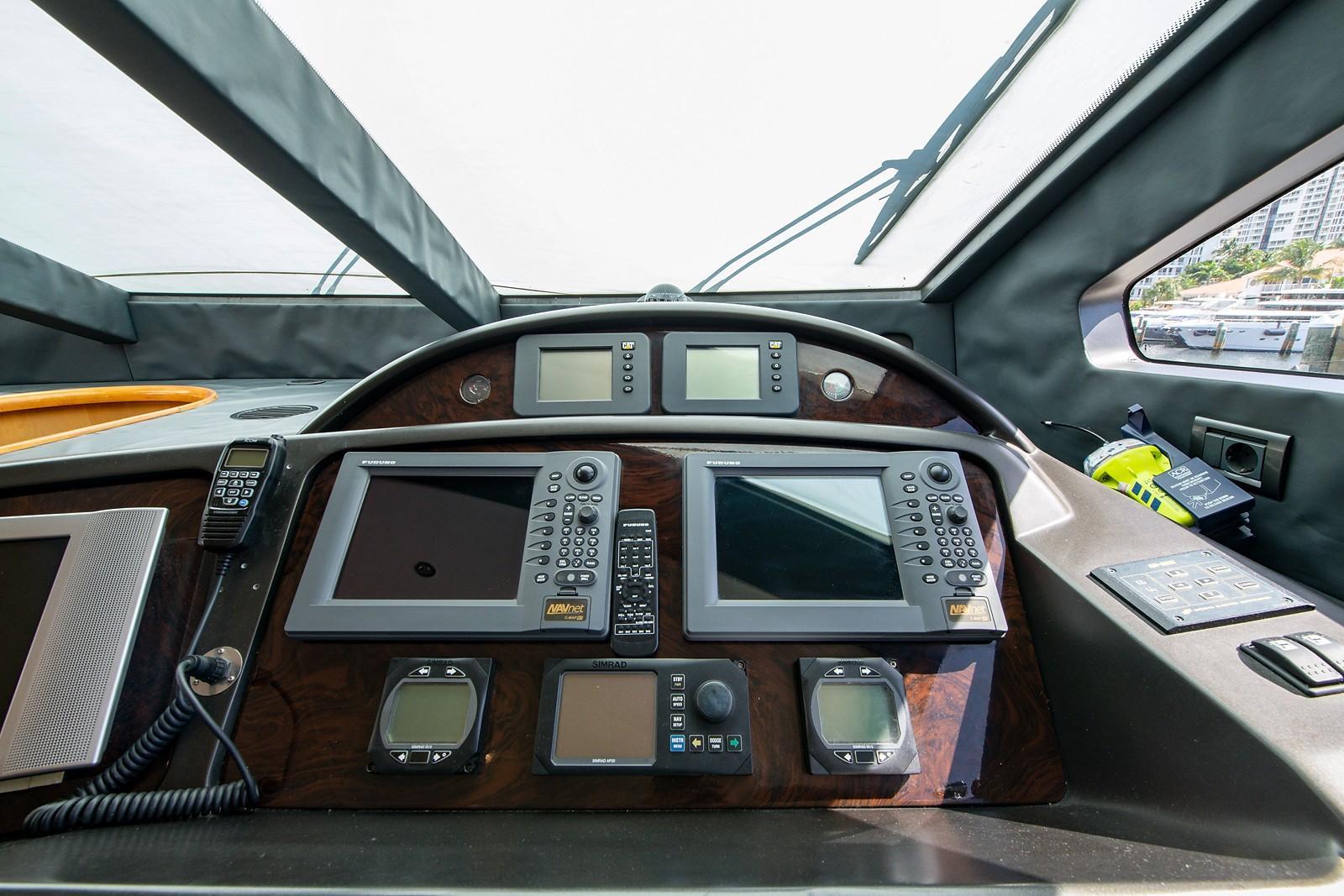 2004 Sunseeker 82 Yacht Moottorivene Vene Myytävänä www