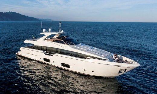 2016 Ferretti Yachts 960