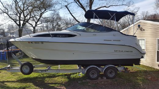 2010 Bayliner 245 SB Cruiser