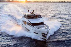 2020 Ocean Alexander 84R