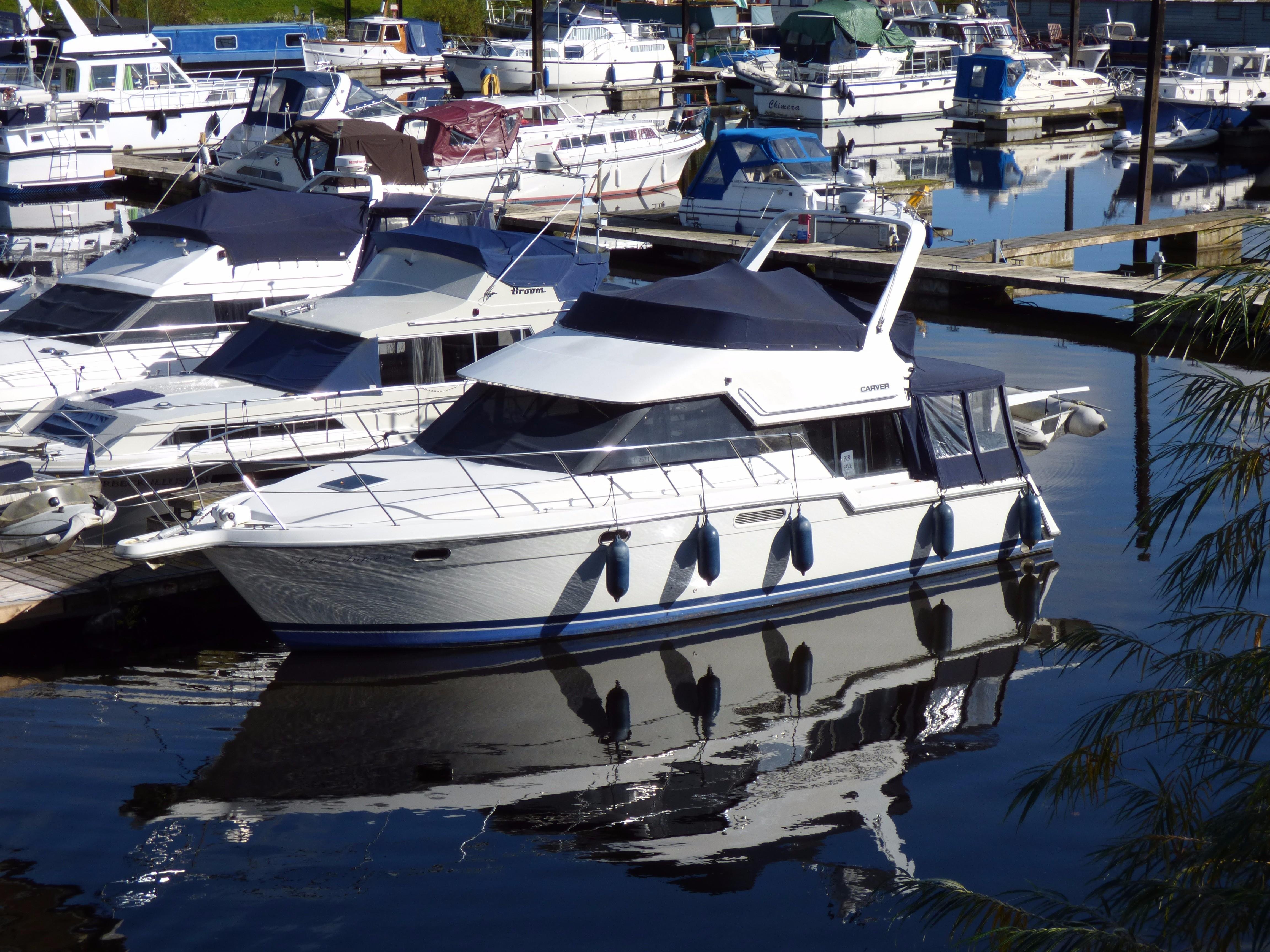 1993 Carver 370 Voyager Power Boat For Sale Www