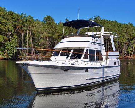 "2001 Heritage East ""36"" Sundeck Trawler"