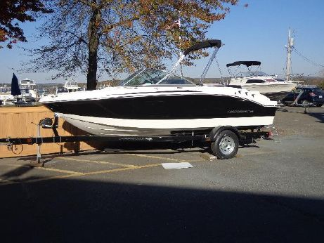 2016 Chaparral 19 Sport H2O