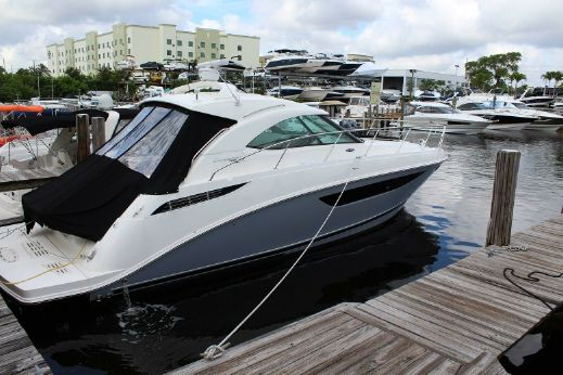 2012 Searay 410 SUNDANCER