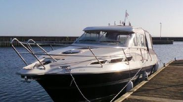 2010 Marex 300 Suncruiser