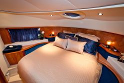 Photo of Aicon Yachts Flybridge
