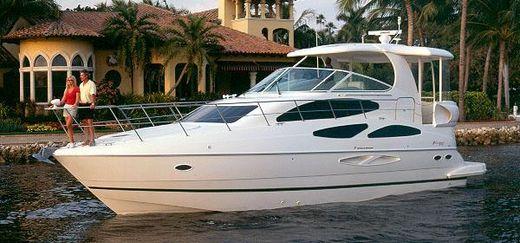 2003 Cruisers Yachts 455 Express Motoryacht