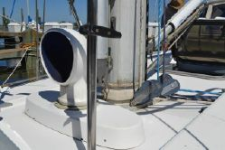 Photo of 44' Beneteau Oceanis 440