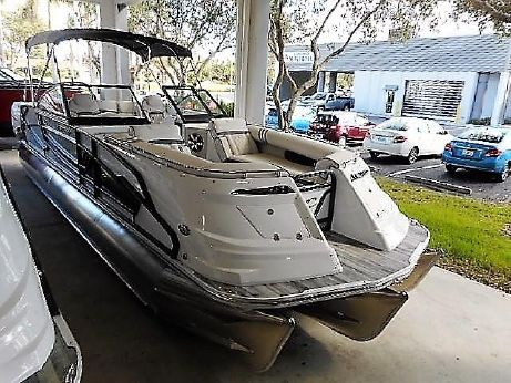 2018 Crest Continental 270 NX-L Twin Engine Pontoon Boat