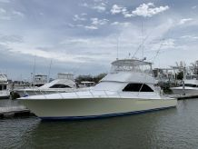 2004 Viking 52 Convertible Paint & Seakeeper