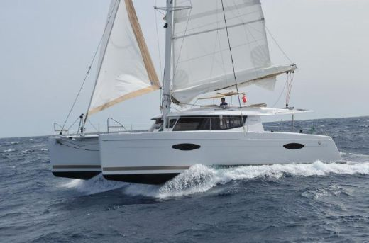 2016 Fountaine Pajot Helia 44