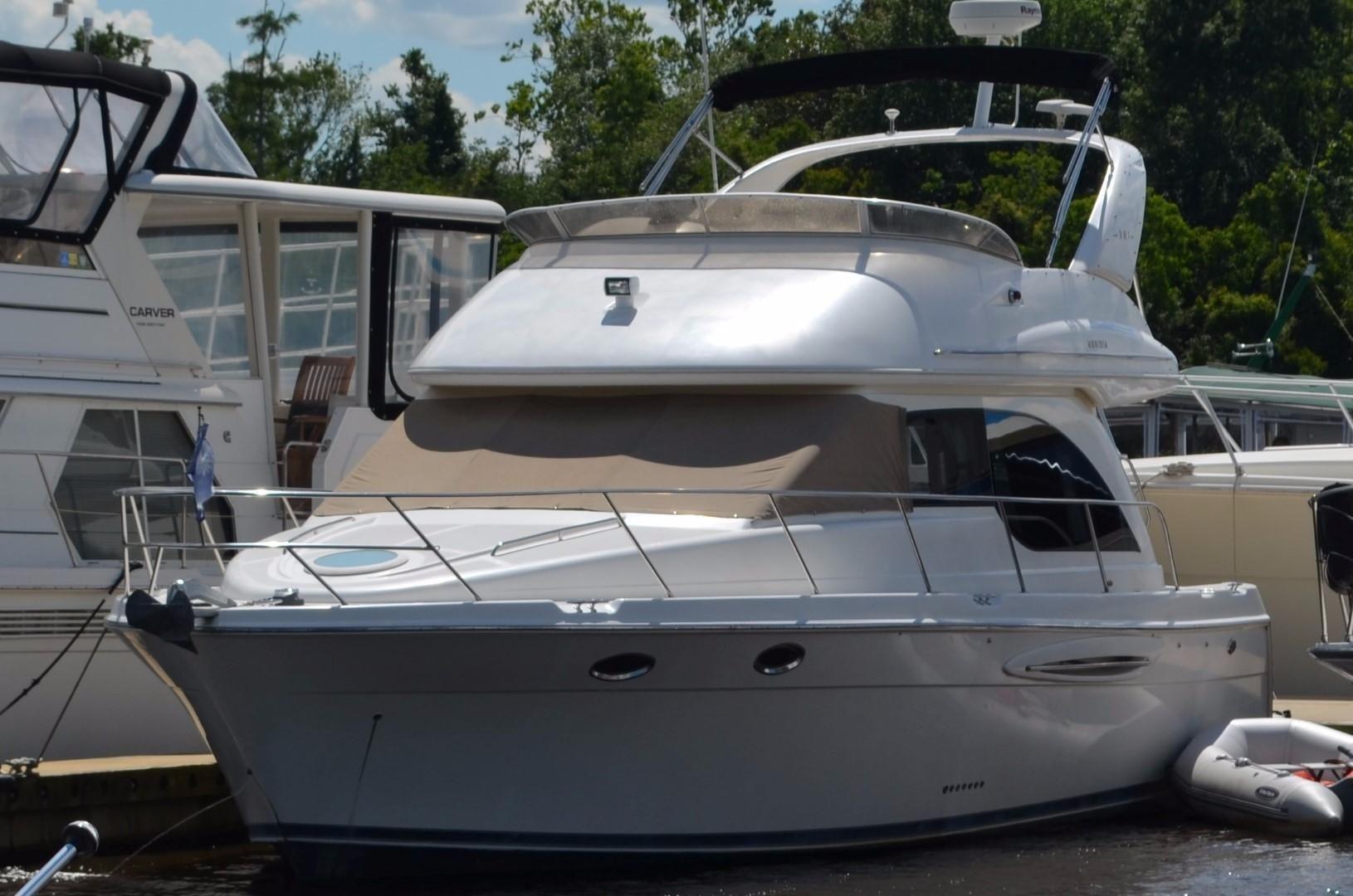 2005 Meridian 341 Sedan Power Boat For Sale - www ...