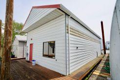 2000 Custom 70 Boathouse