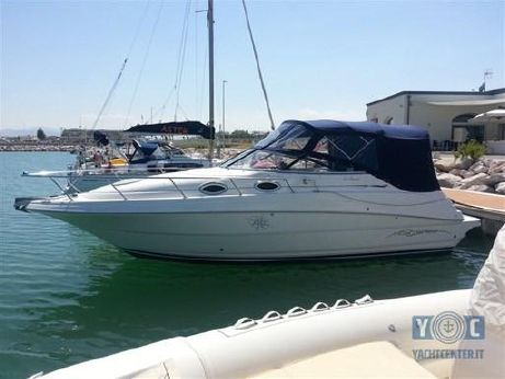 2000 Monterey Boats 262 Cruiser