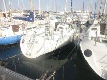 1986 Beneteau. First 305 admirals