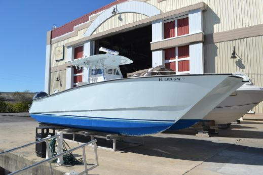 2009 Freeman Boatworks 33 Center Console Catamaran