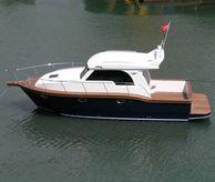 2015 Viking Marin 34 Sedan