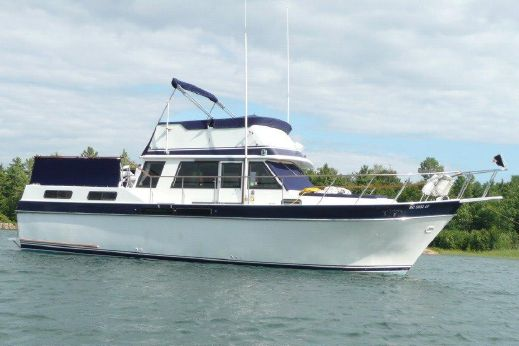 1984 Wellcraft 38 Californian