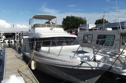 1991 Bluewater 43 Cockpit Motor Yacht