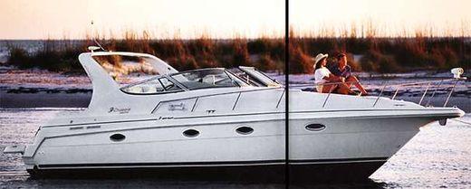 1996 Cruisers Yachts 3375 Express