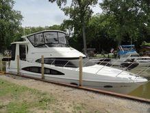 2001 Carver 396 Aft Cabin Motor Yacht