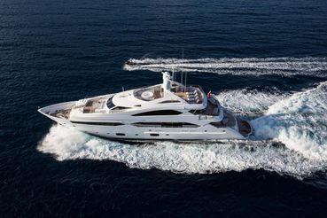 2014 Sunseeker 131 Yacht