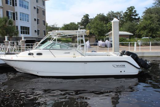 1999 Boston Whaler 285 Conquest