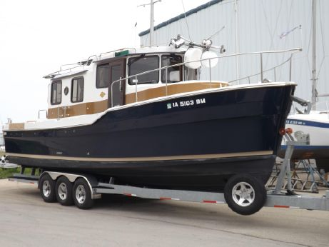 2014 Ranger Tug 31 Sedan