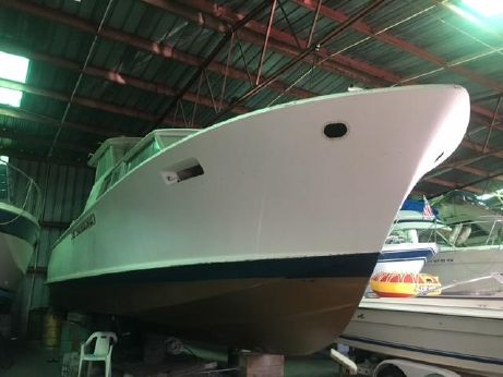 1969 Chris Craft 42 Commander