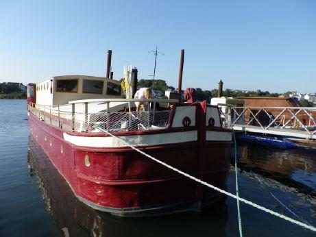 1923 Humber Keel Barge Houseboat