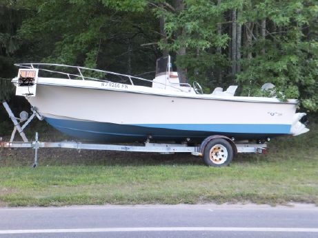 1986 Sea Ox 200 Center Console
