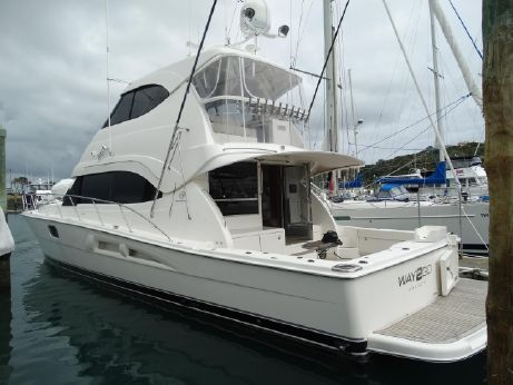 2007 Riviera 56 Enclosed Flybridge