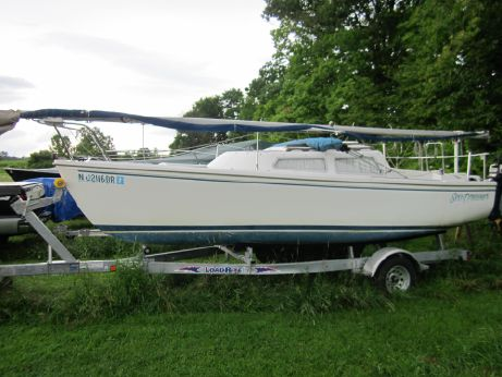 1983 Catalina 22 Pop-Top