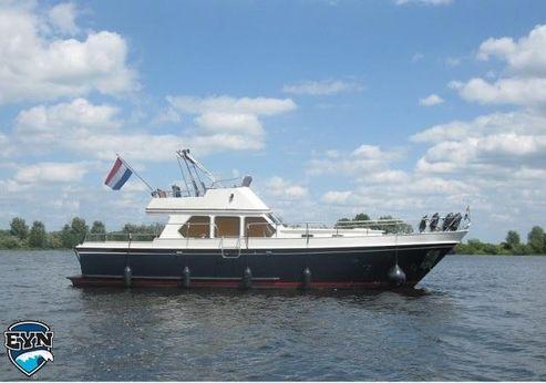 1990 Valk Kruiser 12.60 Flybridge
