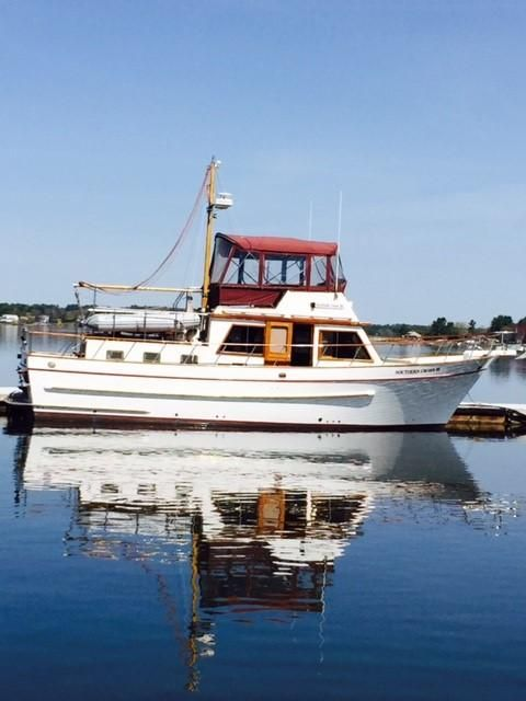 Trawler Engine Room: 1988 DeFever 41 D/C Trawler Power Boat For Sale