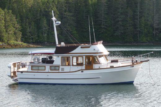 1983 Universal Trawler