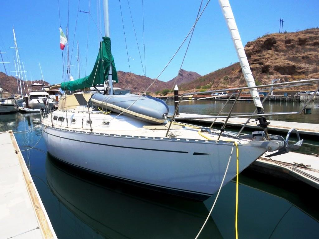 35' CAL Sloop+Boat for sale!