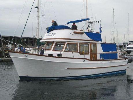 1979 Universal Trawler