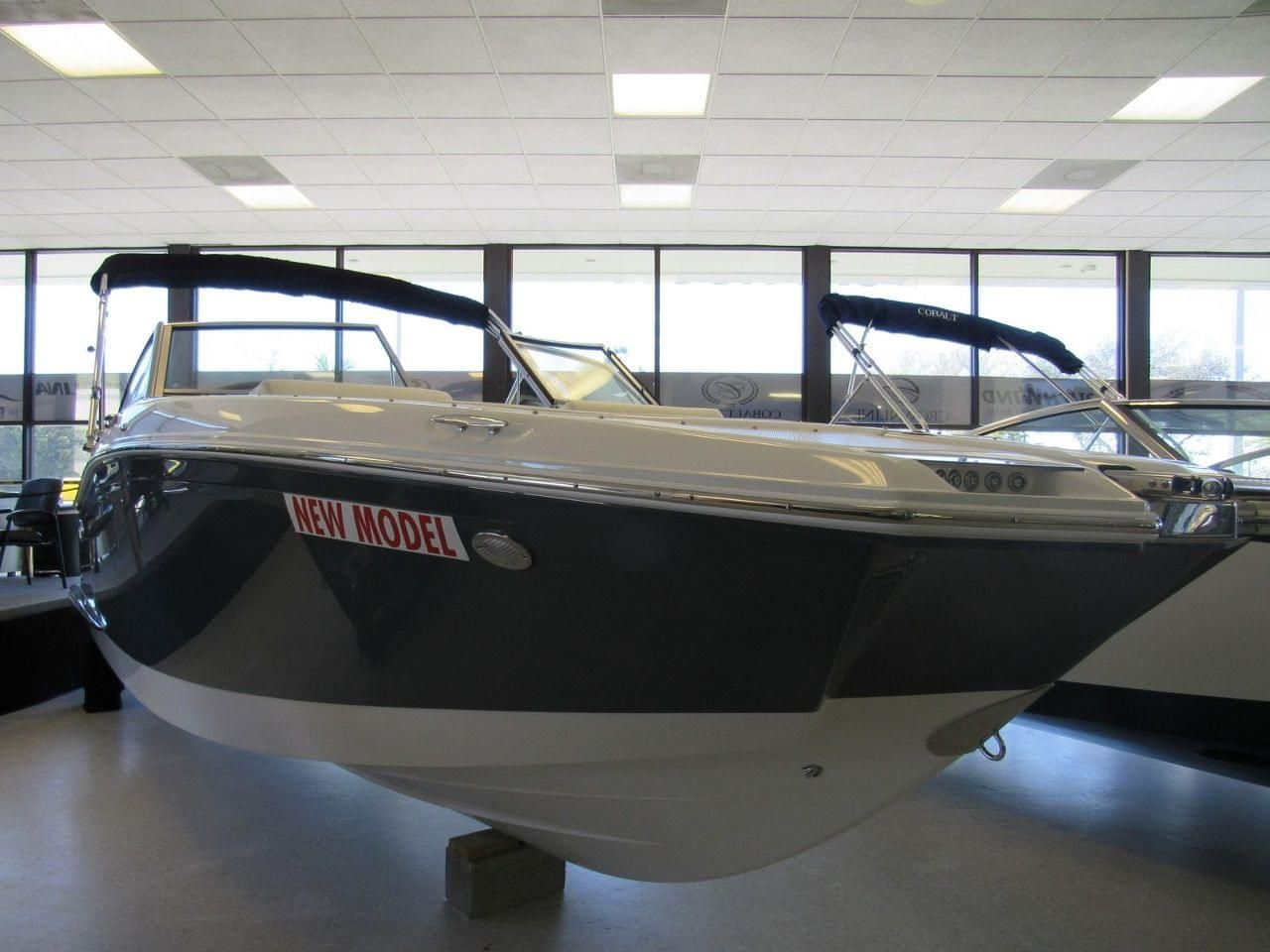 2017 Cobalt 25 SC Power Boat For Sale - www yachtworld com