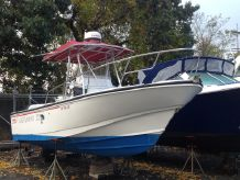 1996 Boston Whaler Outrage 24